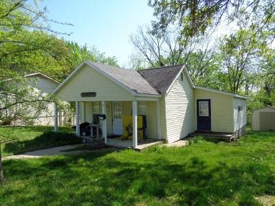Nevada Single Family Home For Sale: 925 S Cedar