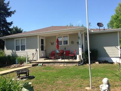 Vernon County Single Family Home For Sale: 300 S Church