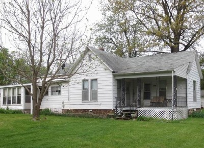 El Dorado Springs MO Single Family Home For Sale: $40,000