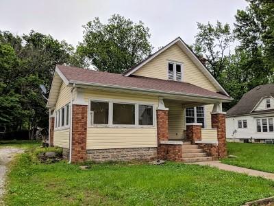 Vernon County Single Family Home For Sale: 327 S Adams