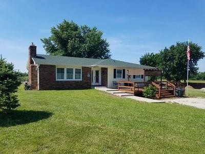 Cedar County Single Family Home For Sale: 4720 E Hwy 54