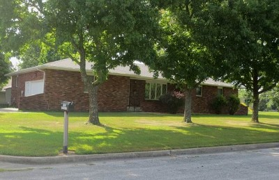 El Dorado Springs MO Single Family Home For Sale: $114,500