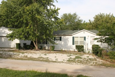 Stockton MO Single Family Home For Sale: $109,000