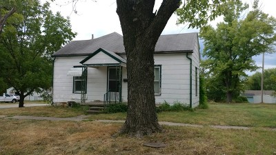 El Dorado Springs Single Family Home For Sale: 111 N Grand St.