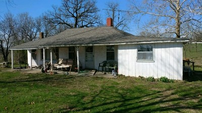 Stockton MO Single Family Home For Sale: $39,900