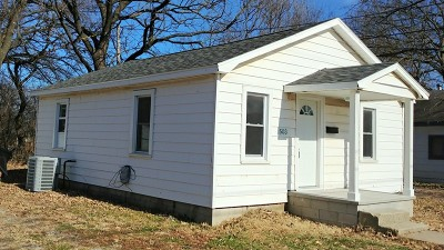 Vernon County Single Family Home For Sale: 503 E Vernon