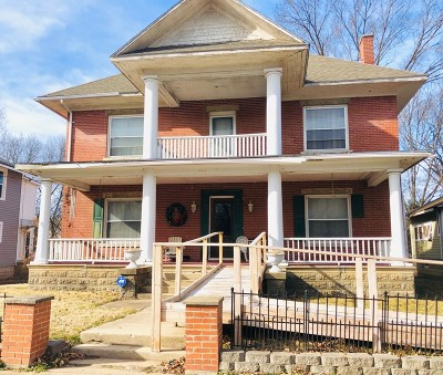 Vernon County Single Family Home For Sale: 527 N Washington