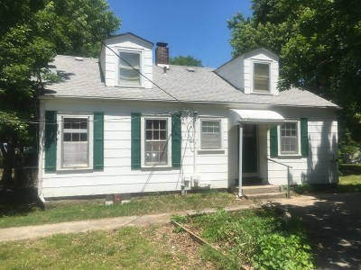 Vernon County Single Family Home For Sale: 911 W Hunter