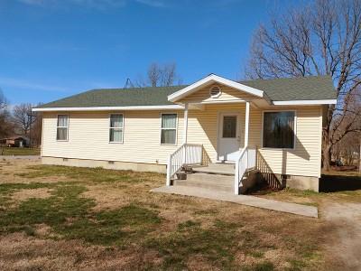 Lamar Single Family Home For Sale: 607 Jefferson