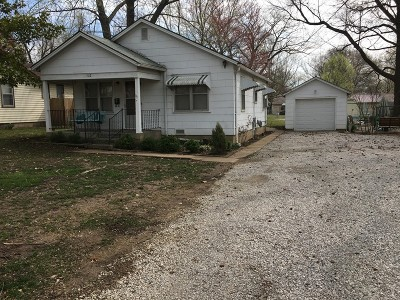 Vernon County Single Family Home For Sale: 1512 N Main