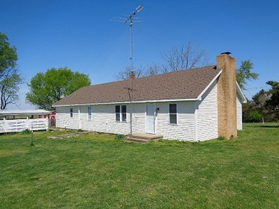 Vernon County Single Family Home For Sale: 23376 S 1625 Rd.