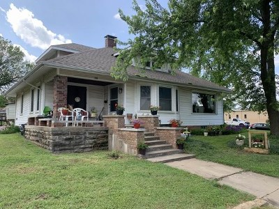 El Dorado Springs Single Family Home For Sale: 600 S Main St