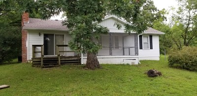 Vernon County Single Family Home For Sale: Bluff St