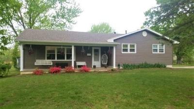 El Dorado Springs Single Family Home For Sale: 300 S Belisle