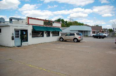 Commercial For Sale: 1411 &1421 East Sunshine Street
