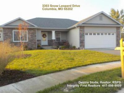 Single Family Home Sold: 3303 Snow Leopard Drive