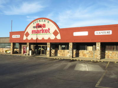 Commercial For Sale: 416 South Business Hwy. 65