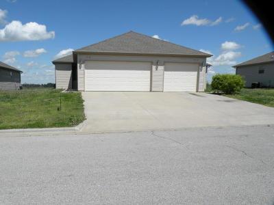 Aurora Multi Family Home For Sale: 401 A-B Summit