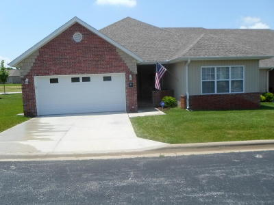 Nixa Condo/Townhouse For Sale: 1368 North Sandy Creek Circle #1