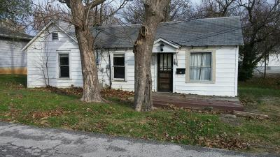 Bolivar Single Family Home For Sale: 718 South Missouri Avenue
