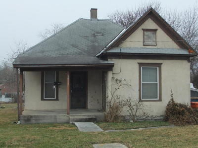 Springfield Single Family Home For Sale: 2027 North Summit Avenue