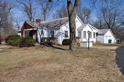 Monett Single Family Home For Sale: 2 Edgewood Drive