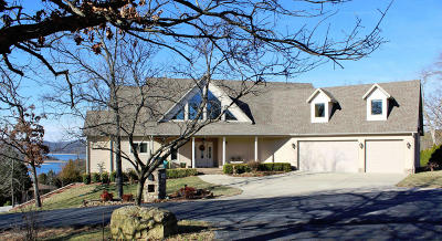 Single Family Home For Sale: 155 Magic Mountain Lane