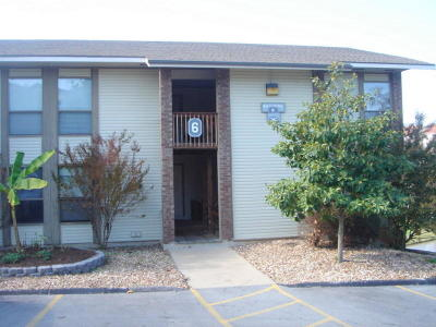 Branson Condo/Townhouse For Sale: 243 Clubhouse Drive #20