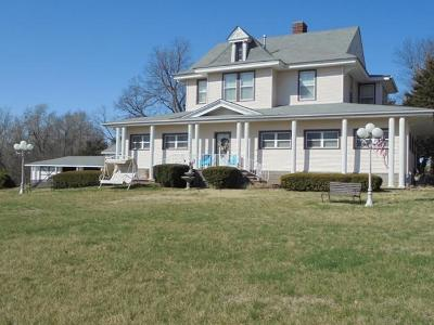 Mt Vernon Single Family Home For Sale: 436 East Center Street