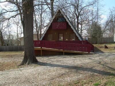 Forsyth MO Single Family Home For Sale: $81,900