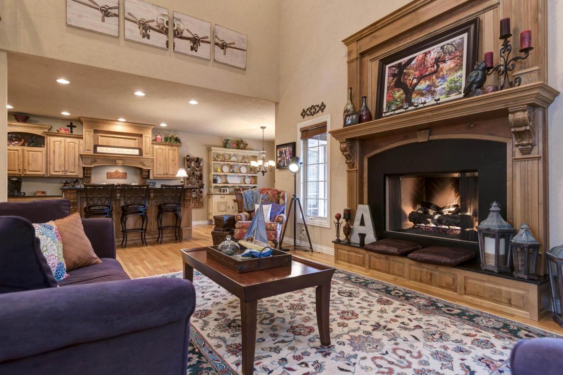 Living Room Furniture Springfield Mo Listing 1629 East Oak Creek Court Springfield Mo Mls
