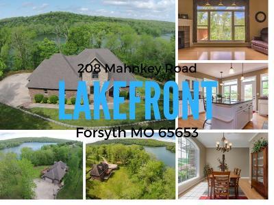 Forsyth Single Family Home For Sale: 208 Mahnkey Road