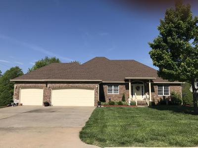 Monett Single Family Home For Sale: 1400 North 17th Street