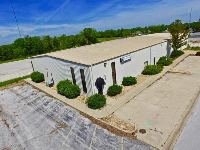 Commercial For Sale: 931 North Walnut Avenue