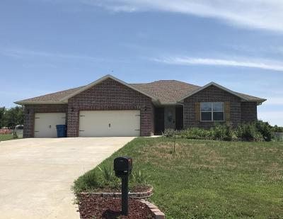 Ozark MO Single Family Home For Sale: $227,900