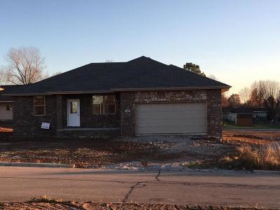 Monett Single Family Home For Sale: 405 Prairie Lane