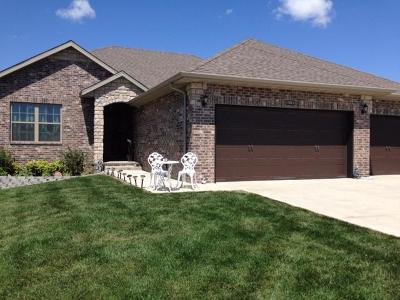 Ozark MO Single Family Home For Sale: $265,000