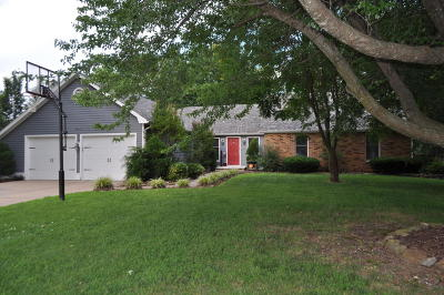 Monett Single Family Home For Sale: 1405 Roxbury Drive