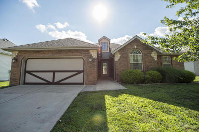Nixa MO Single Family Home For Sale: $219,900