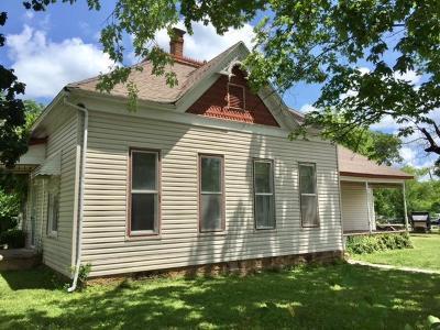 Fair Play Single Family Home For Sale: 400 North Walnut Street