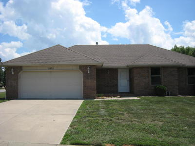 Battlefield MO Single Family Home For Sale: $149,900