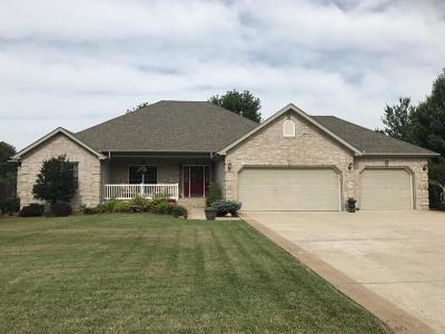 Monett Single Family Home For Sale: 1402 North 17th Street
