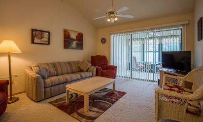 Emerald Bay Yacht Cl, Emerald Pointe Condo/Townhouse For Sale: 135 Upper Emerald Bay Circle #16