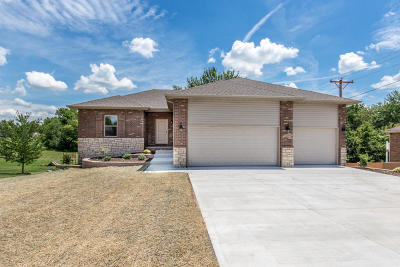 Willard Single Family Home For Sale: 828 Mark Street