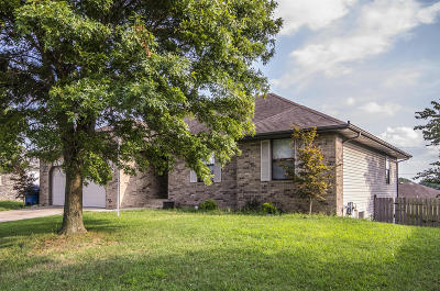 Nixa Single Family Home For Sale: 406 West River Birch Court