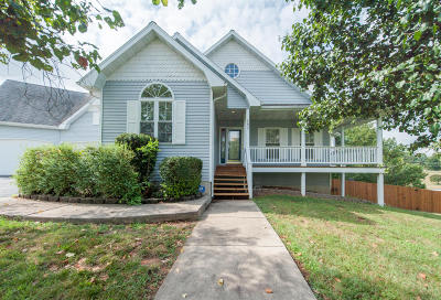 Ozark Single Family Home For Sale: 182 Green Oaks Drive