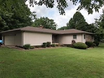 Monett Single Family Home For Sale: 849 West Crestwood Drive