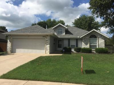 Springfield Single Family Home For Sale: 4025 West Madison Place
