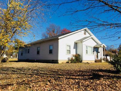 Monett Single Family Home For Sale: 612 West Scott Street