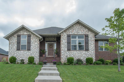 Ozark MO Single Family Home For Sale: $194,900